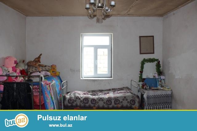 Sabunçu rayonu Maştağa qəsəbəsi, əsas yoldan 100 metr