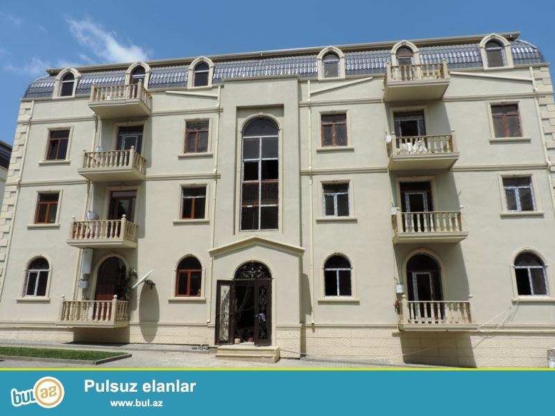 Xırdalan şəhəri AAAF park yaşayış kompleksinin girişində yerləşən binada təcili olaraq mənzil satılır...