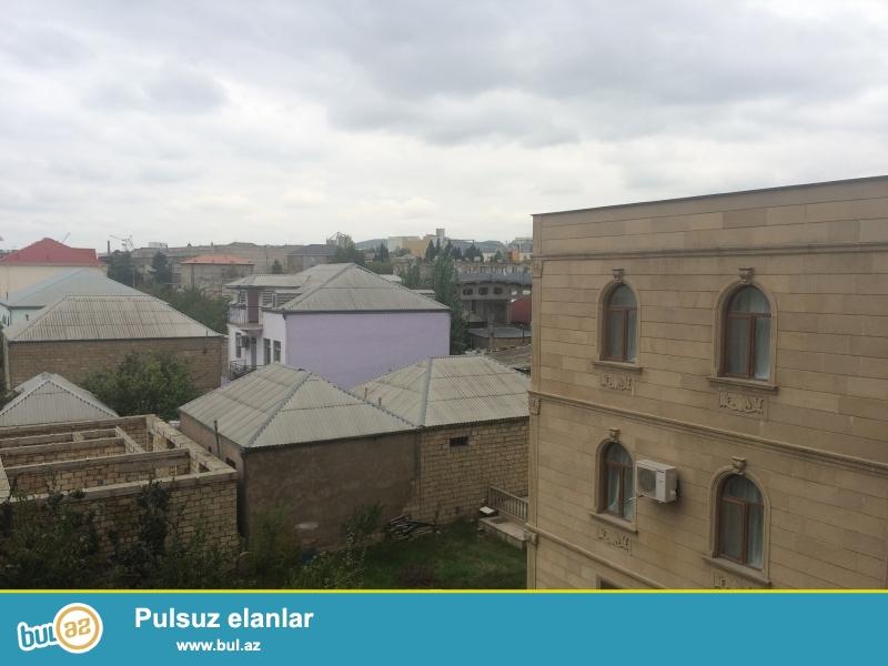 Xırdalan şəhəri Köhnə bazarla üzbə-üz olan Kristal Abşeron