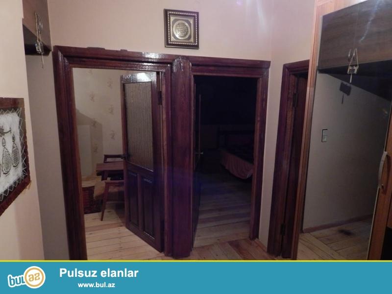 Qara qarayev metrosundan piyada 5 deg.lik  mesafede, ayla sadlig evinin yaninda 9/1 - 3 otaqli leningrad proyekt menzil...